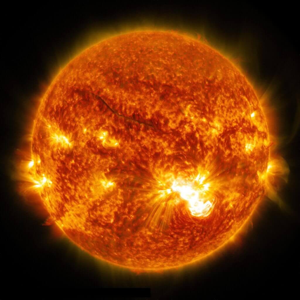 eruptii solare NASA soare geomagnetic